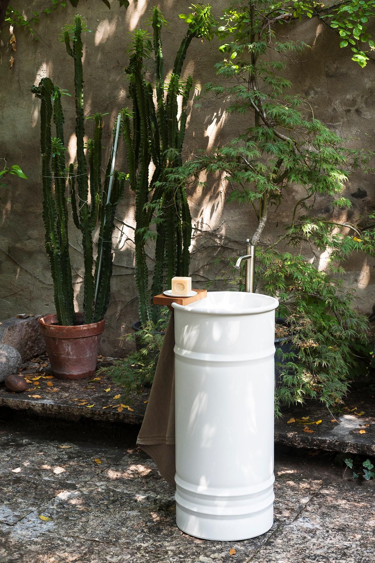 Agape Outdoor Vieques Urquiola 01