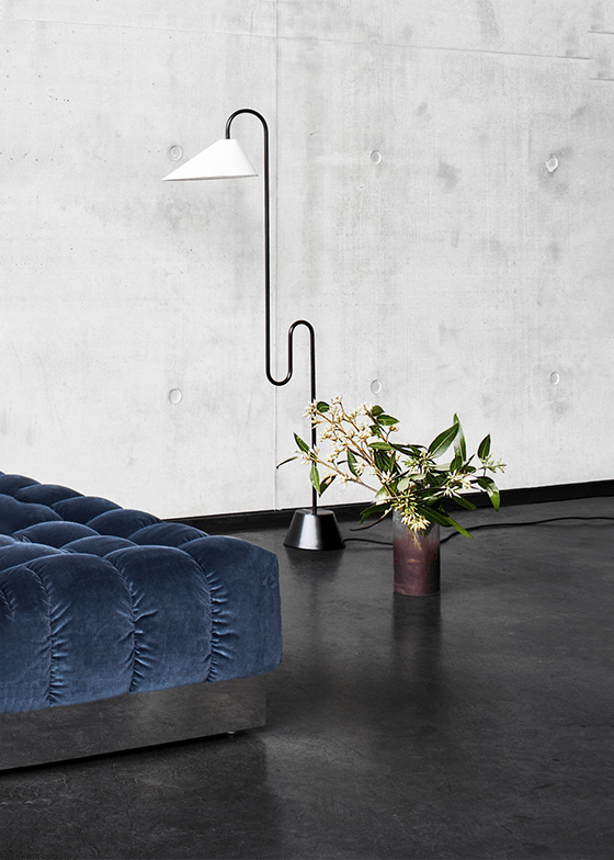 Classicon Roattino Floor Lamp Photo Hassos