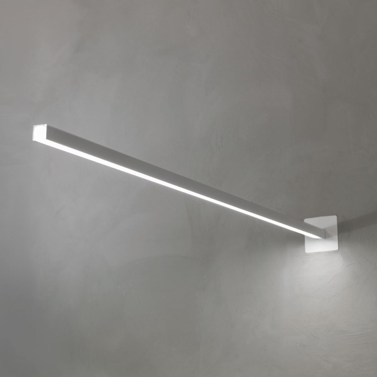 Nemo-Nemo-Design-Linescapes-Cantilevered-Light-Matisse-2
