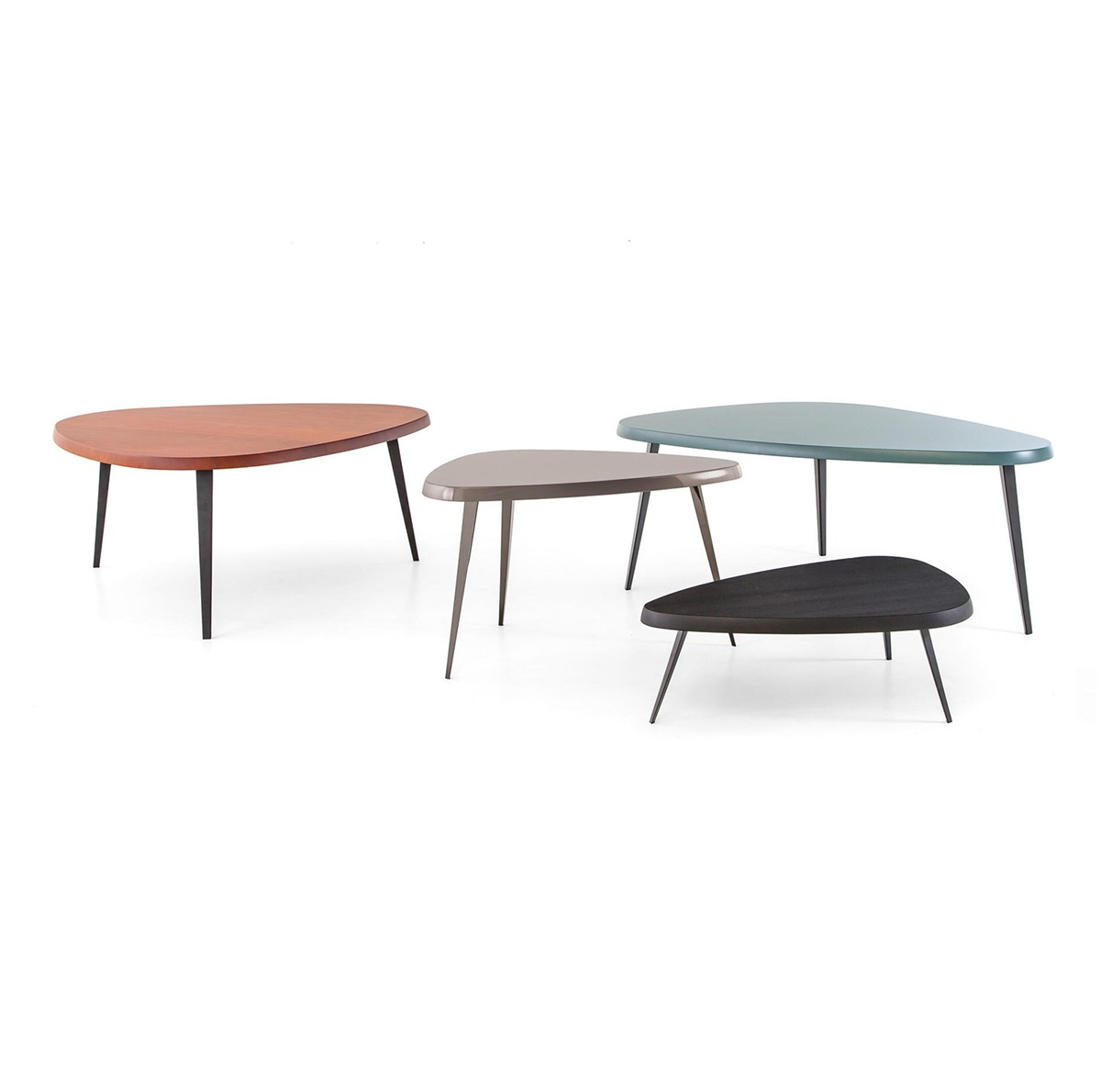 Cassina-Charlotte-Perriand-Mexique-Table-Matisse-1