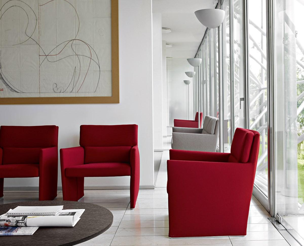 B&B-Italia-David-Chipperfield-Posa-Sofa-Matisse-5