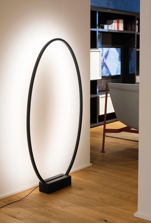 Nemo-Federico-Palazzari-Ellisse-Floor-Light-Matisse-4