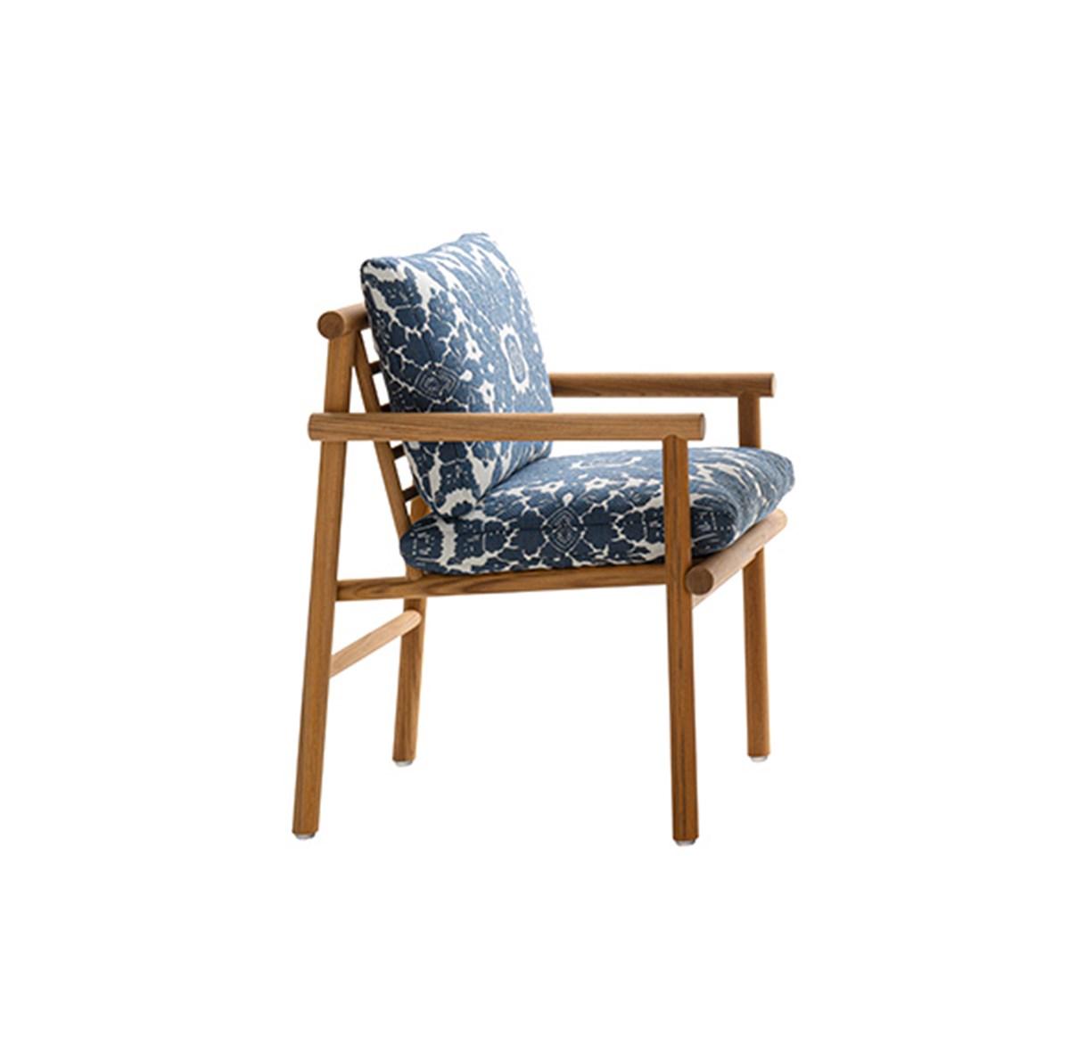 B&B-Italia-Naoto-Fukasawa-Ayana-Armchair-Matisse-1