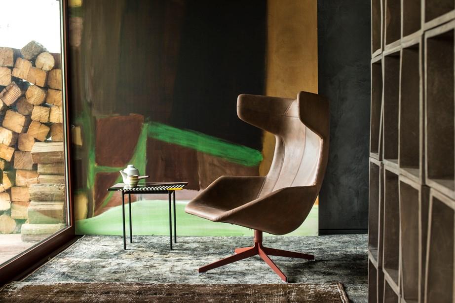 Moroso-Alfredo-Häberli-Take-A-Line-For-A-Walk-Lounge-Chair-Matisse-3