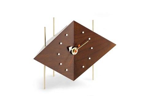 Vitra-George-Nelson-Diamond-Clock-Matisse-1