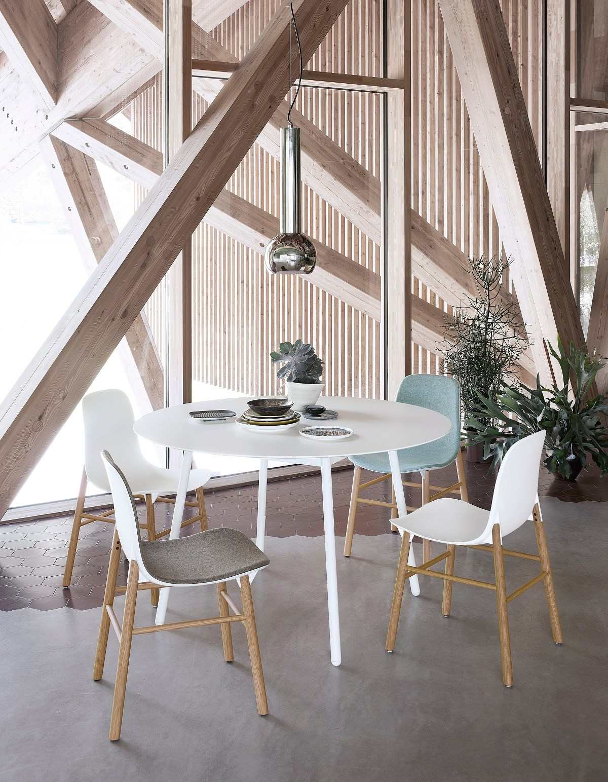 Kristalia Neuland Sharky Chair Insitu3