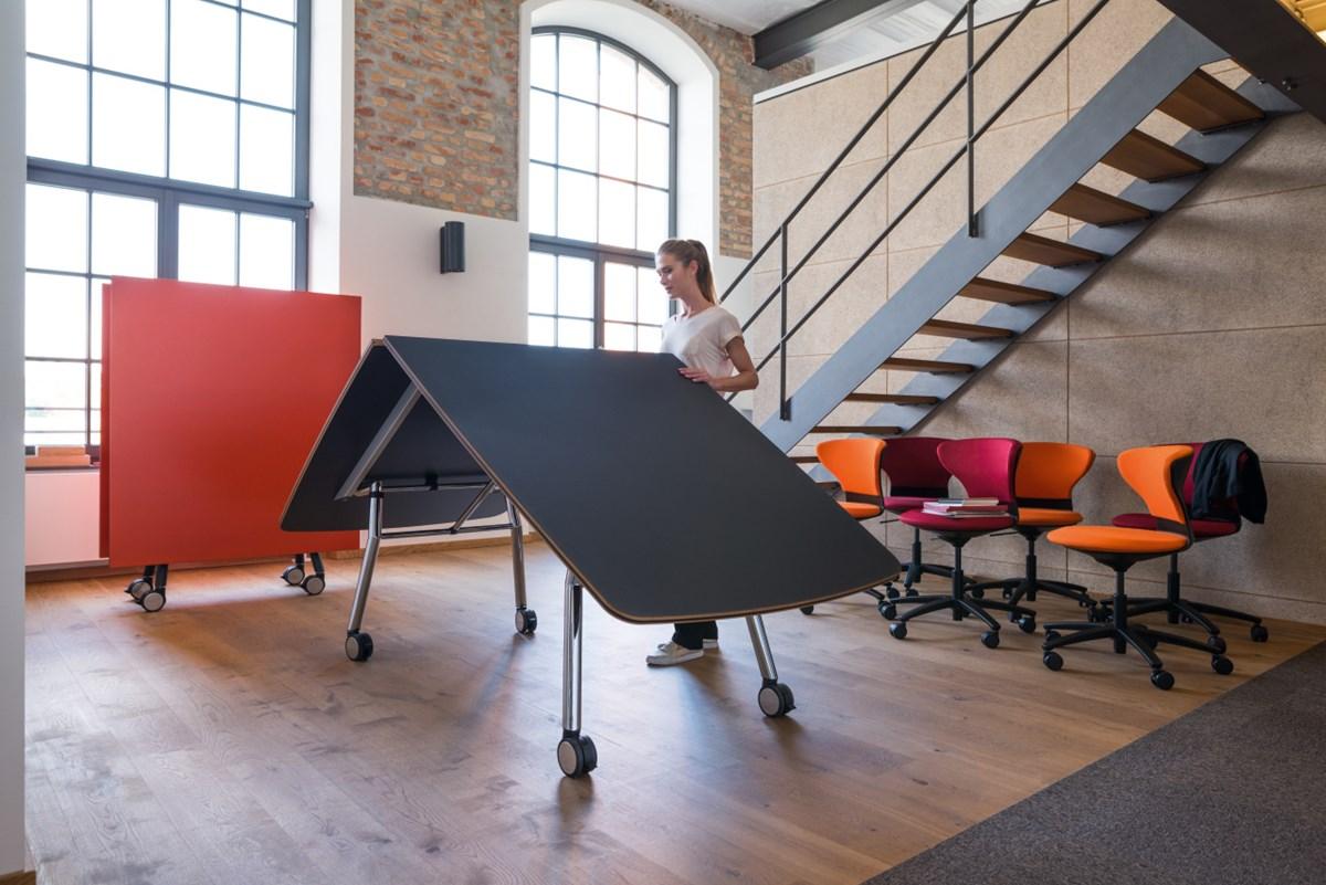 Sedus-Mastermind-Fold-Table-Matisse-4