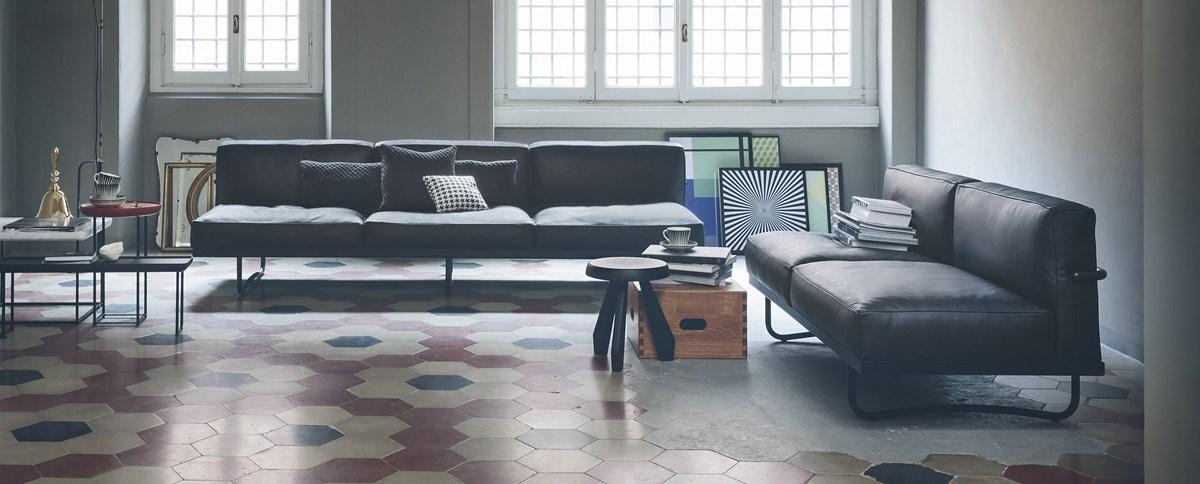 Cassina-Le Corbusier-Pierre Jeanneret-Charlotte-Perriand-LC5-Sofa-Matisse-4