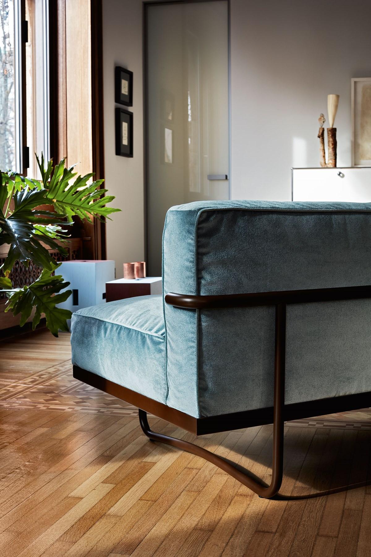 Cassina-Le Corbusier-Pierre Jeanneret-Charlotte-Perriand-LC5-Sofa-Matisse-6