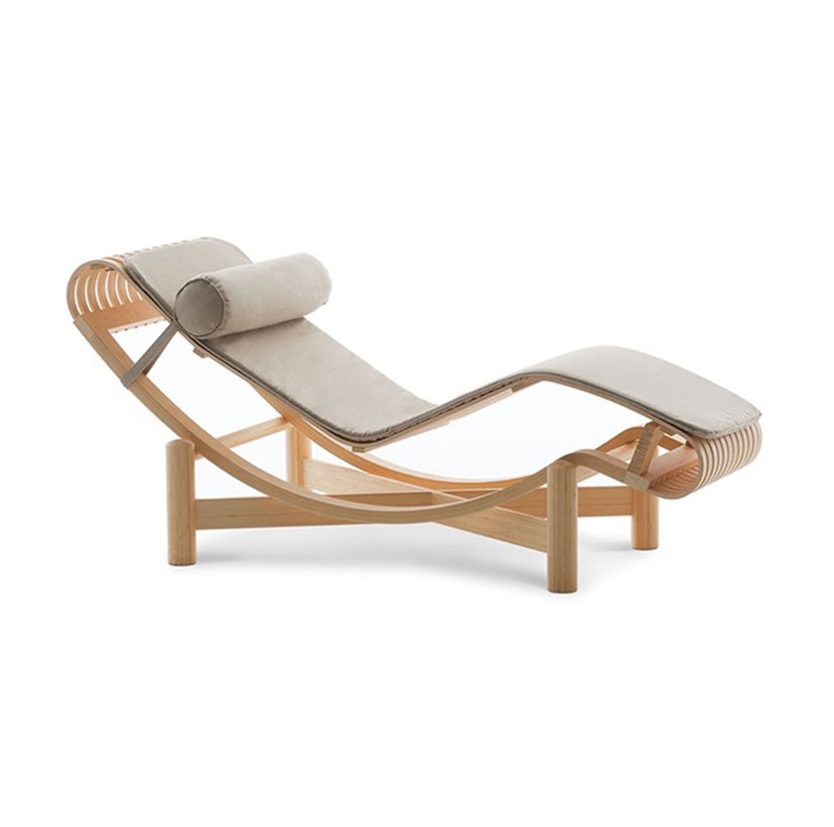 Cassina-Charlotte-Perriand-Tokyo-Chaise-Longue-Outdoor-Matisse-1
