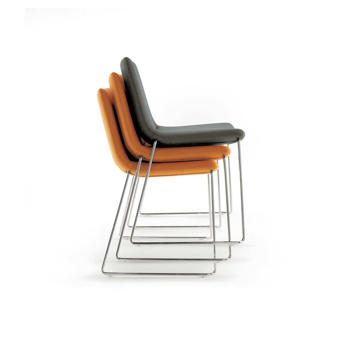 B&B-Italia-Jeffrey-Bernett-Cosmos-Chair-Matisse-3