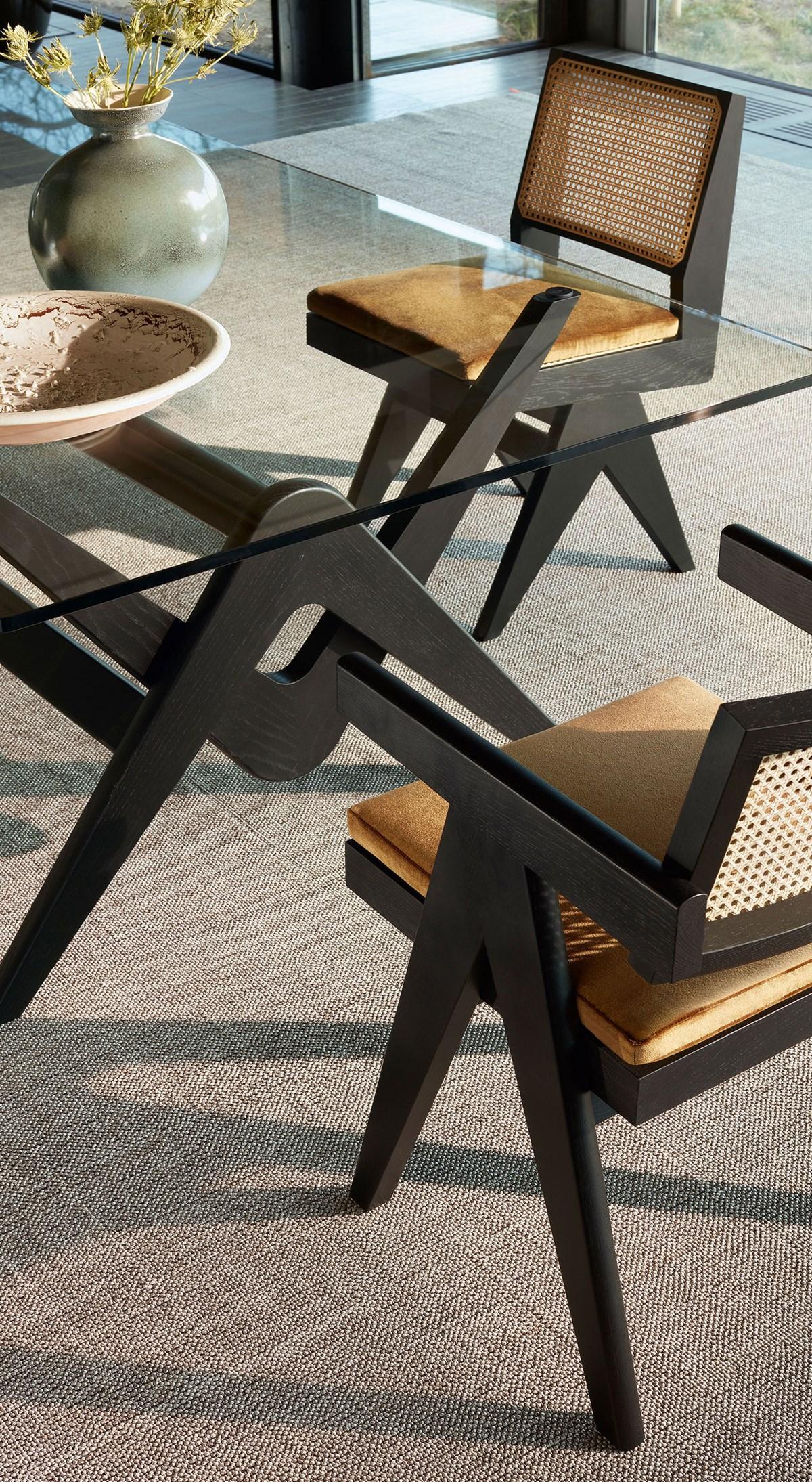 Cassina-Hommage-à-Pierre-Jeanneret-Capitol-Complex-Chair-Matisse-5