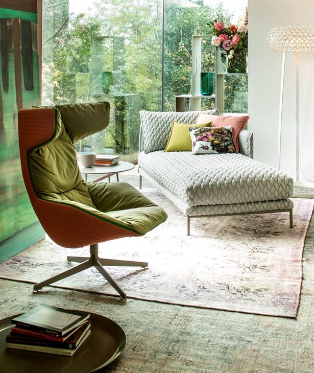 Moroso-Alfredo-Häberli-Take-A-Line-For-A-Walk-Lounge-Chair-Matisse-4