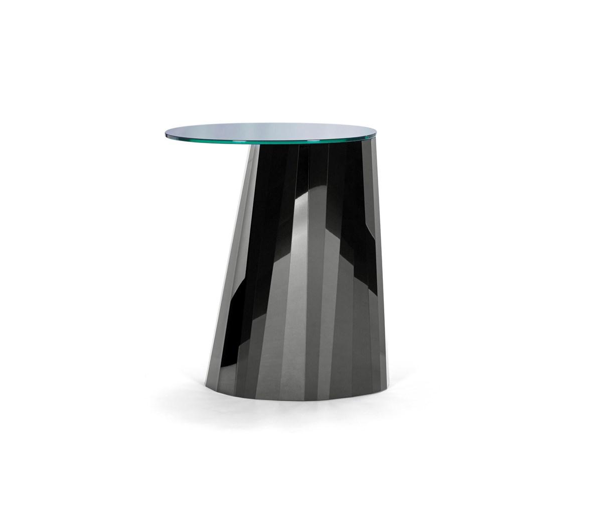 Pli Side Table High Black Glossy Side B