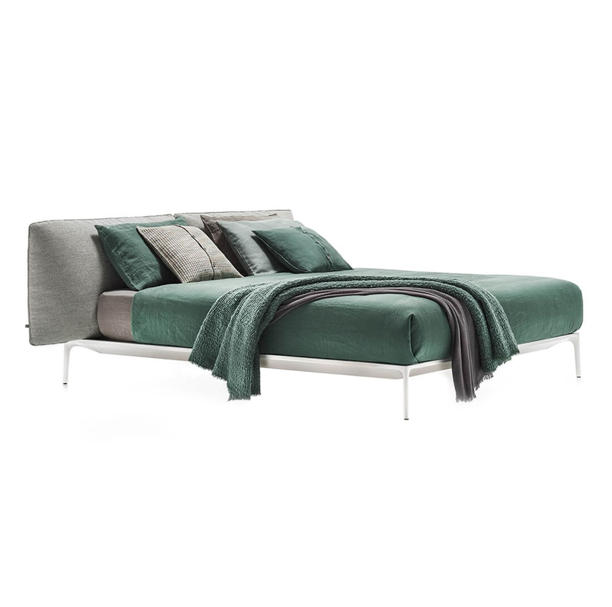 MDF-Italia-Jean-Marie-Massaud-Yale-Bed-Matisse-1
